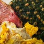 Frokost: Egg, Bacon, Spinat, Tomatbønner
