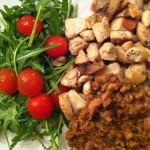 Kvelds: Salat, Kyllingbryst, Linsemos